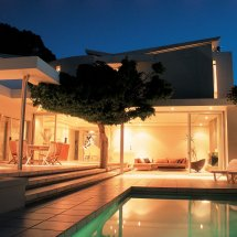 lions-view-mh-11-poolnight